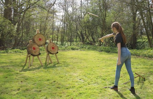 Girl-Throwing-Axe.jpg